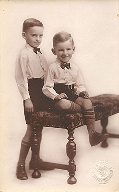 Brian Bell, right, with older brother Harold Bell, left.